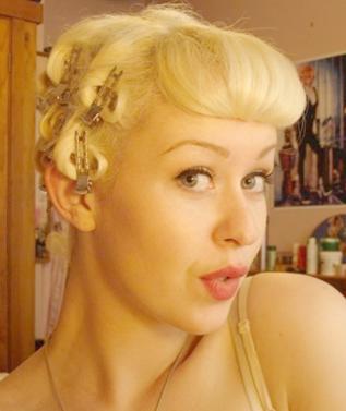 Vintage Hair Part 2 - Curls (5/6)
